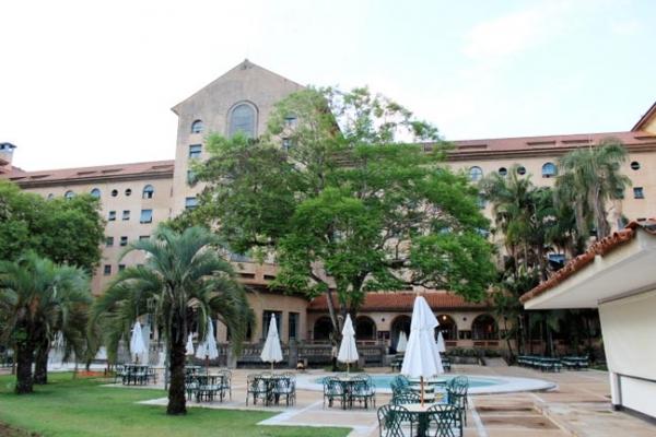 grande-hotel-e-termas-vista-interna-18BCCF31B-BDC4-A98B-151A-6AF9DD1D94B2.jpg