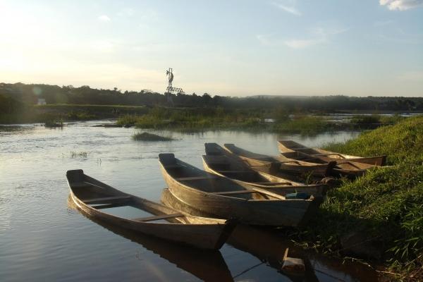 barcos-de-pesca-no-rio-sao-francisco-piraporamg-acervo-nuhicreiephaCB1D8463-1301-02FA-F004-C0CF8815069D.jpg