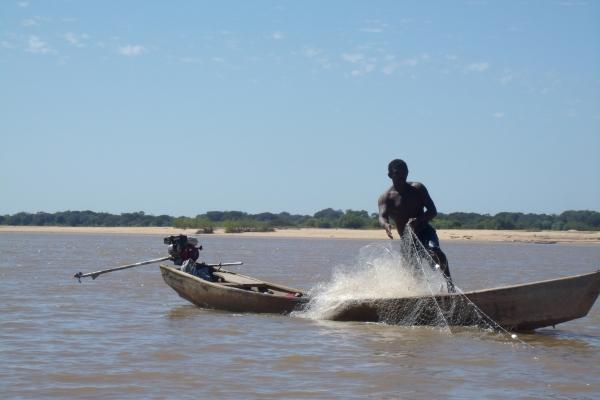 pesca-artesanal-em-piraporamg-acervo-nuhicreiephaC8E48995-636A-5885-9436-F4E5C2F4BF18.jpg