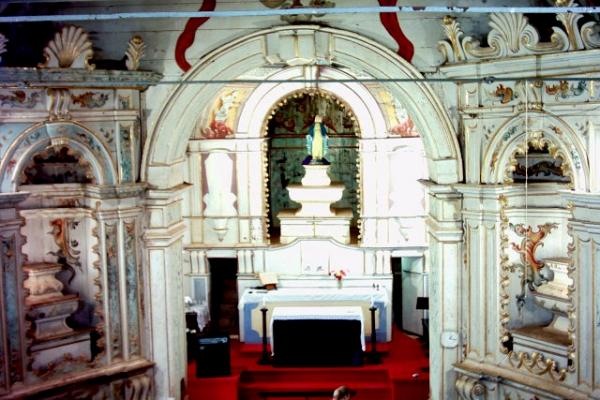 vista-interna-nave-e-capela-mor2FA14562-4136-1547-C86B-97455F8D9EDD.jpg