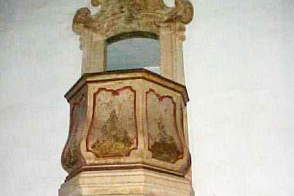 5-pulpito-lado-do-evangelhoF436932B-9E10-A60F-E5EE-F389B405EB3F.jpg