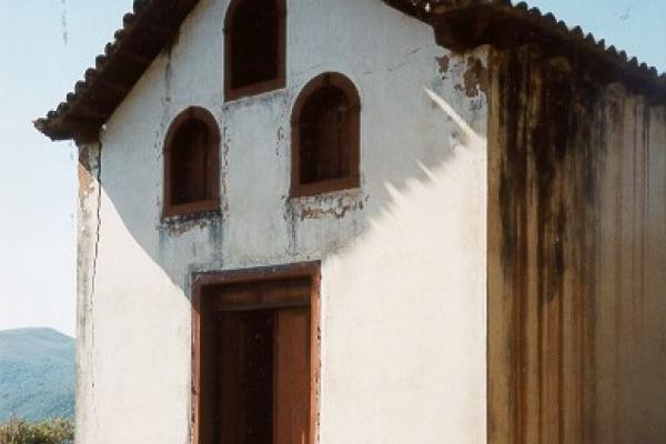 fachada-principalB61F533C-151C-E0A0-DDE0-9EC45661A4BF.jpg