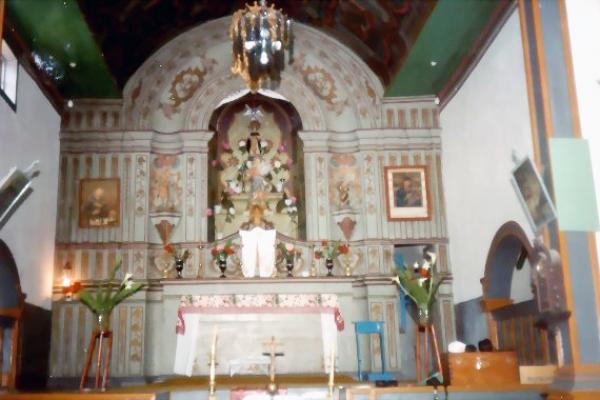 2-altar-mor7CFFEAA3-09D3-7E7A-9B0A-F86FF19494E4.jpg