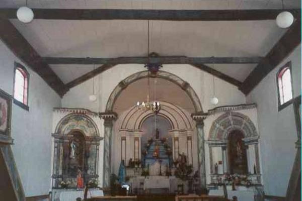 2-vista-da-nave-e-capela-mor299E6A71-0926-A67D-6770-D829C551889B.jpg