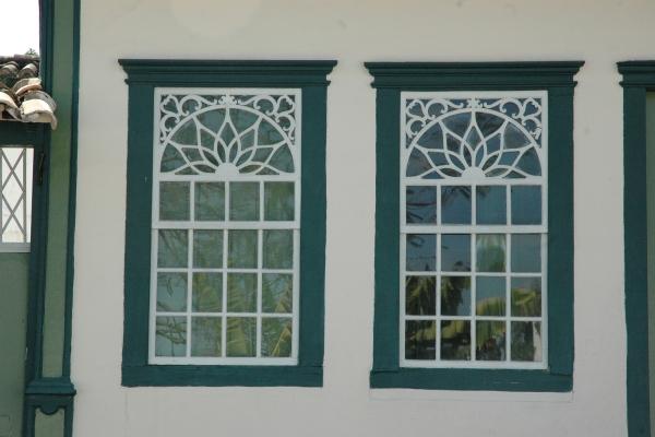detalhe-das-janelas-casa-da-rua-direita1B98E14B-B233-44F9-84FB-86C532B63261.jpg