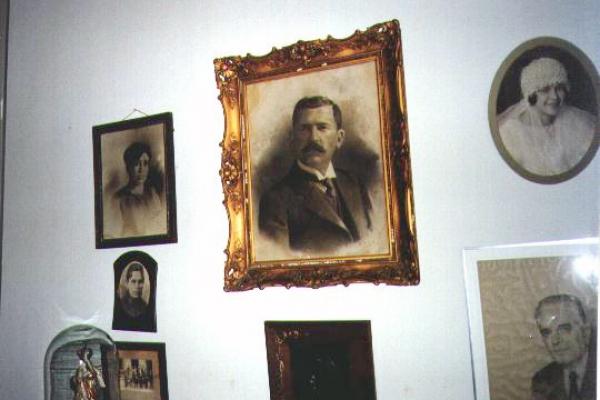 retratos-da-sala-de-estar860ED400-B634-7497-3612-4BA647096D81.jpg