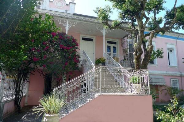 vista-lateral-da-residenciaACBC628B-6BE4-7FF8-370A-742D63DD24A0.jpg