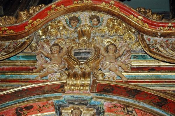 detalhe-do-altar-alteral7229FE2E-AD9B-4065-E285-5F255DC4668A.jpg