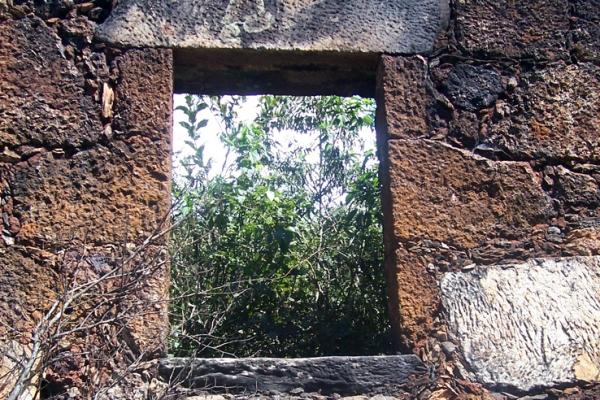 4-detalhe-ruina-22CE8921D-CC25-EFAF-CE15-90470A965AE8.jpg