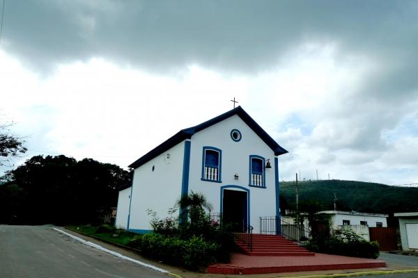b-1-capela-da-penha-construida-em-170915BFEAA0-FA6E-B6FA-E357-6E7D5340C490.jpg