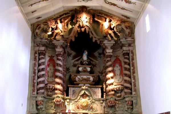 2-capela-mor3B920466-8F05-819E-1838-FB8AE86A41E7.jpg