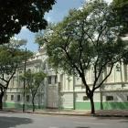 1-A---Fachada-principal-da-Escola-Estadual-Baro-do-Rio-Branco.jpg